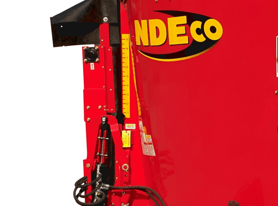 NDEco Vertical TMR Feed Mixer S series 4.5' Side Conveyor