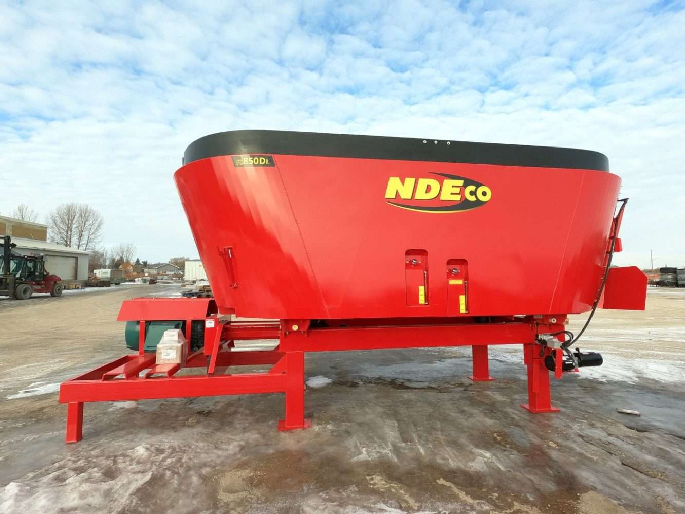 NDEco FS850DL Stationary Dual Auger Vertical Feed Mixer